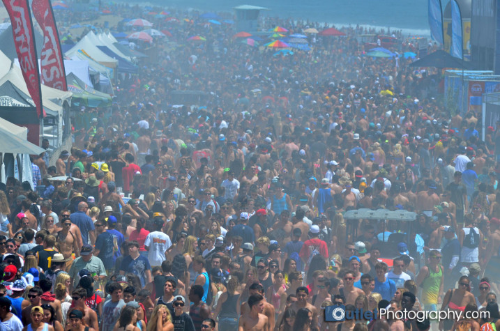 over crowded beach